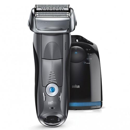 Электробритва Braun Series 7 7865cc со станцией Clean&Charge и тканевым футляром