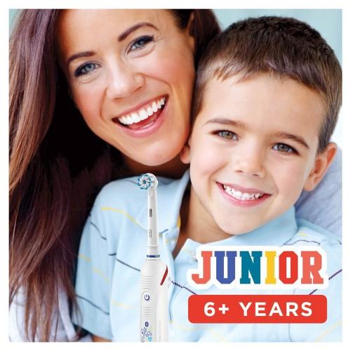 Детская электрическая зубная щетка Oral-B Smart 4 Junior Sensi D601.513.3