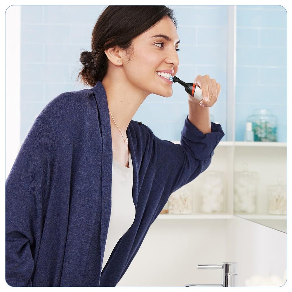 Электрическая зубная щетка Oral-B Smart 4 4000N Black edition D601.525.3