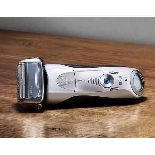 Электробритва Braun Series 7 7893s с тканевым футляром